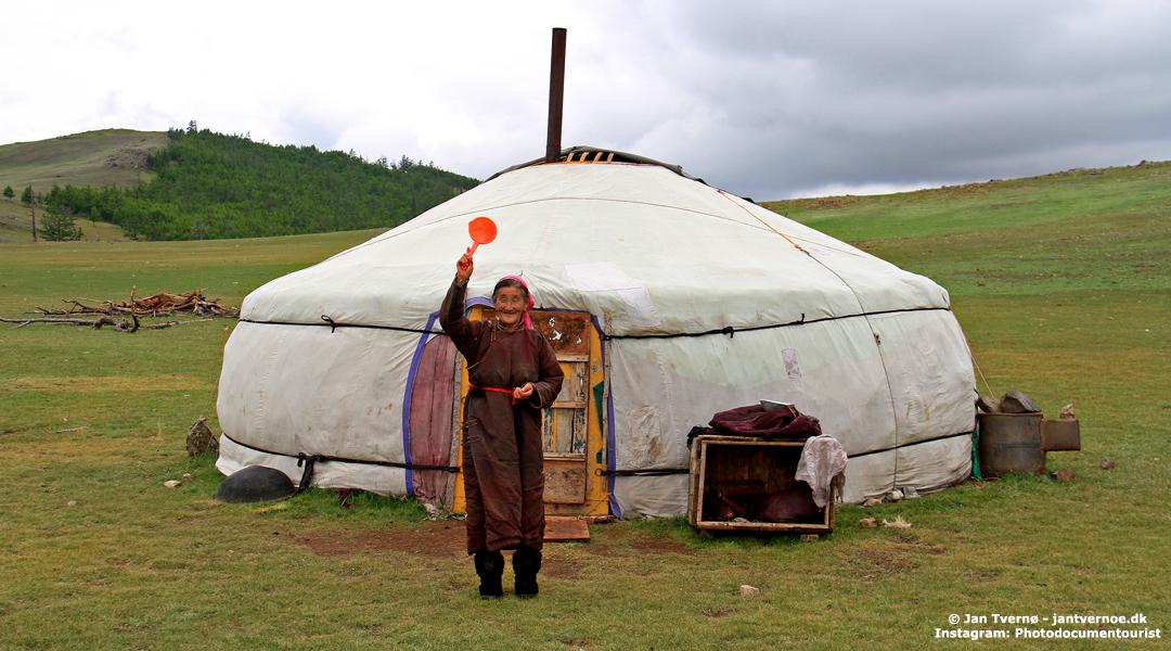 Nomadeliv ved Zuun Nuur, Mongoliet - Foredrag med Jan Tvernø - Foredrag om Mongoliet